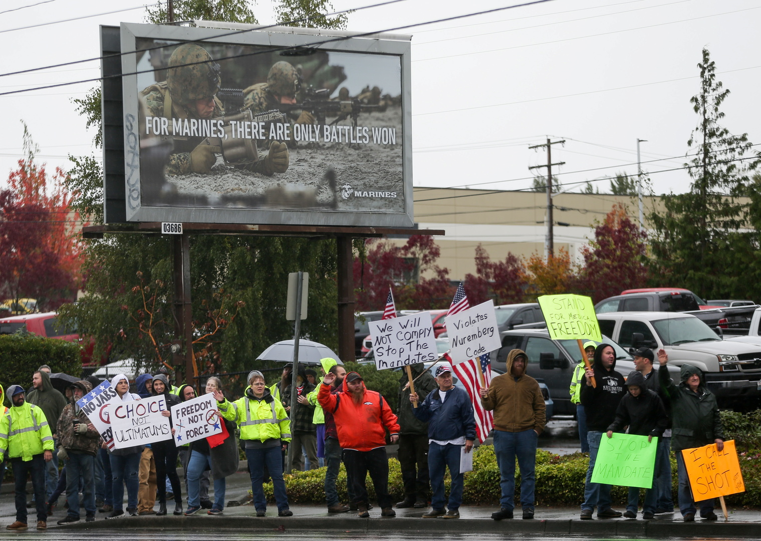 موظفو بوينغ يحتجون ضد التطعيم الإجباري لكورونا