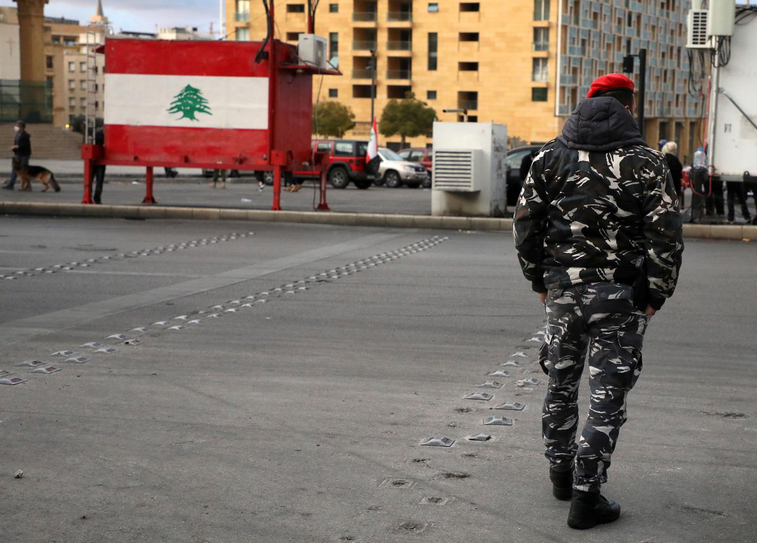 عنصر من الأمن الداخلي اللبناني