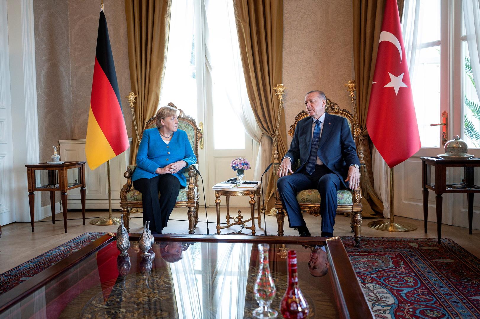 رجب أردوغان وأنغيلا ميركل