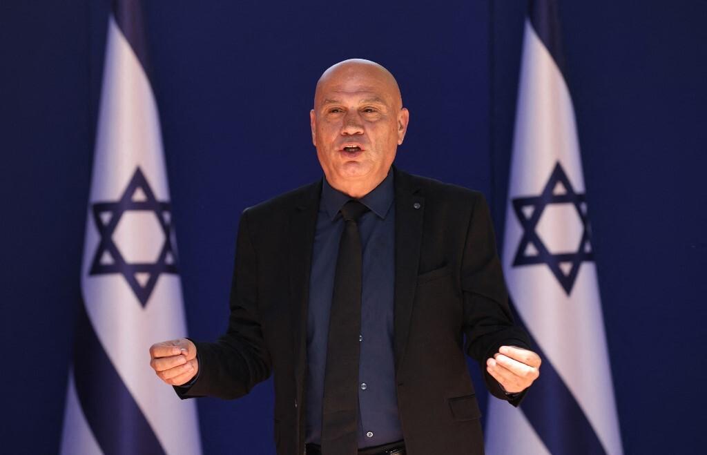 وزير إسرائيلي يكشف عن دول عربية وإسلامية جديدة قد تنضم لـ