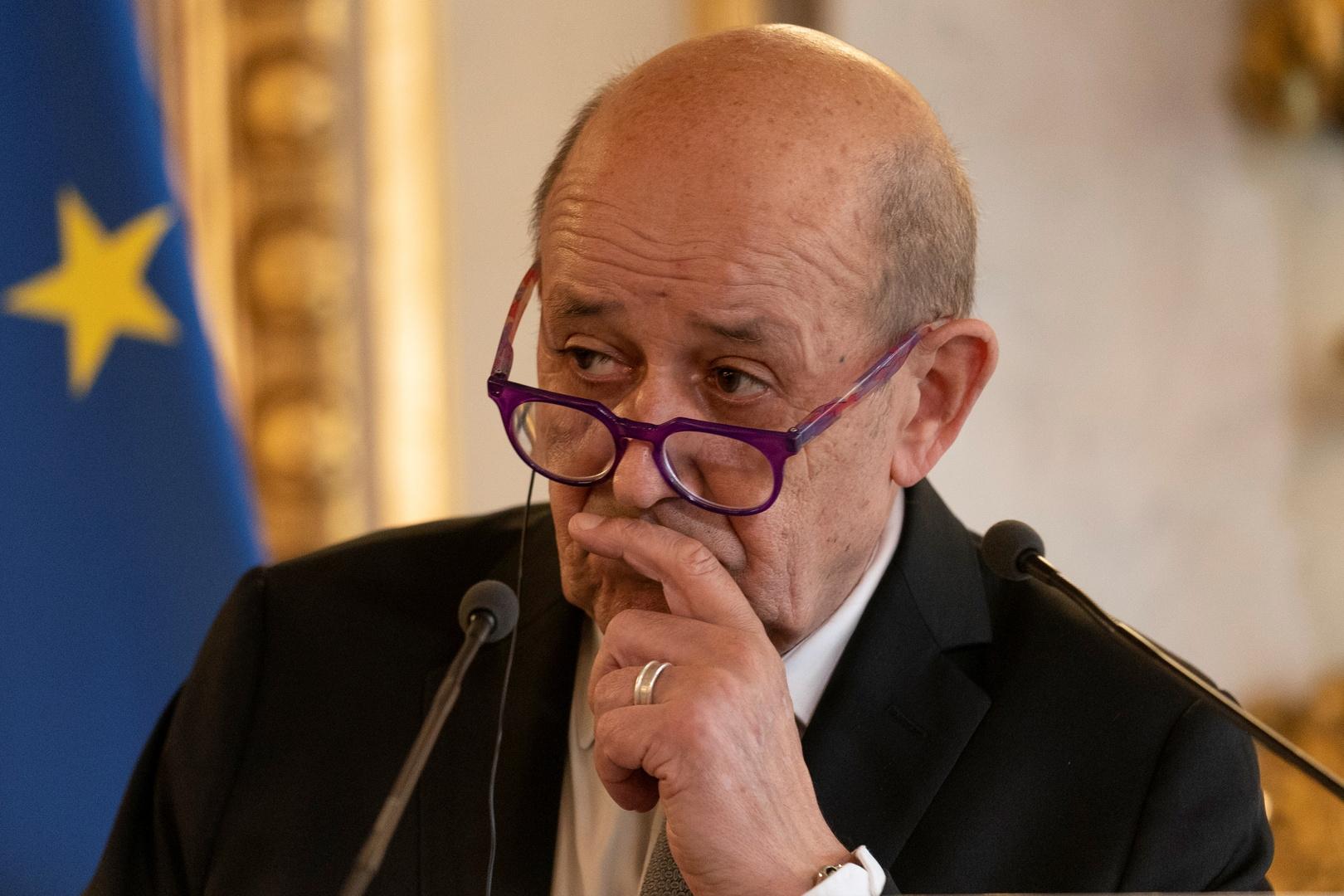 فرنسا تعلق على قرار روسيا تعليق عمل بعثتها في الناتو