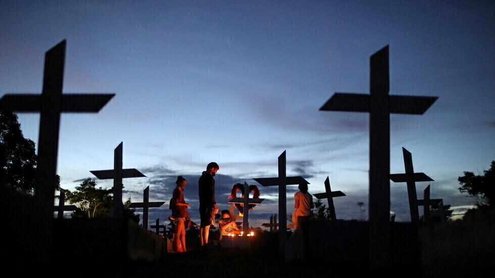 مقبرة في مدينة مناوس البرازيلية.