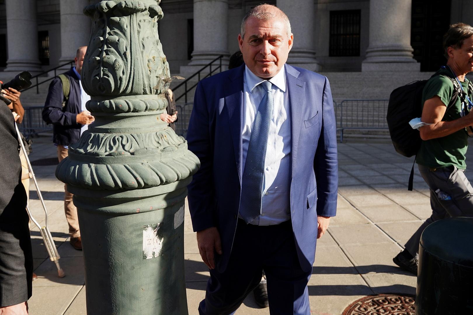 ليف بارناس، المساعد السابق لرودي جولياني، محامي الرئيس الأمريكي السابق، دونالد ترامب