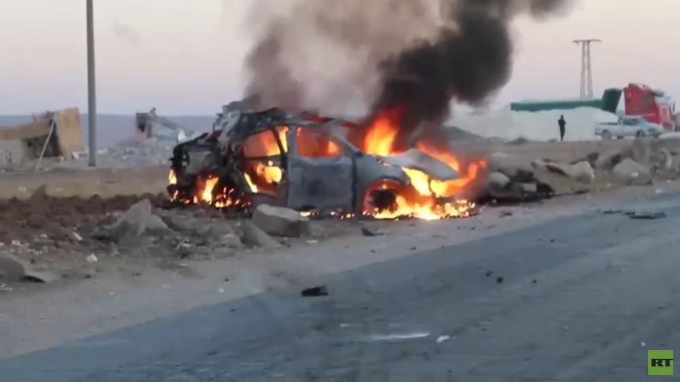 مقتل 3 أشخاص إثر استهداف مسيّرة تركية سيارة في مدينة كوباني عين العرب