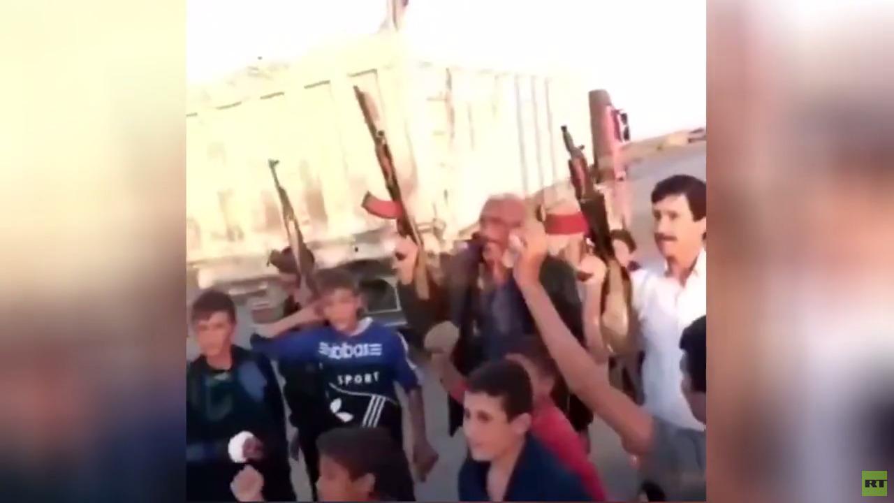 أهالي قرية حامو بريف القامشلي يعترضون رتلا أمريكيا
