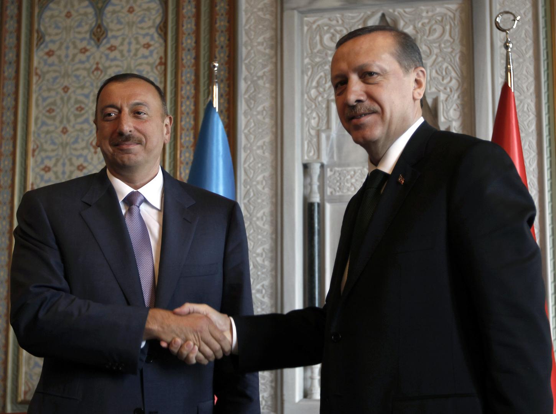 الرئيسان التركي رجب طيب أردوغان والأذربيجاني إلهام علييف