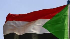 صحيفة: السلطات السودانية تمنع عددا من كبار المسؤولين النافذين من السفر