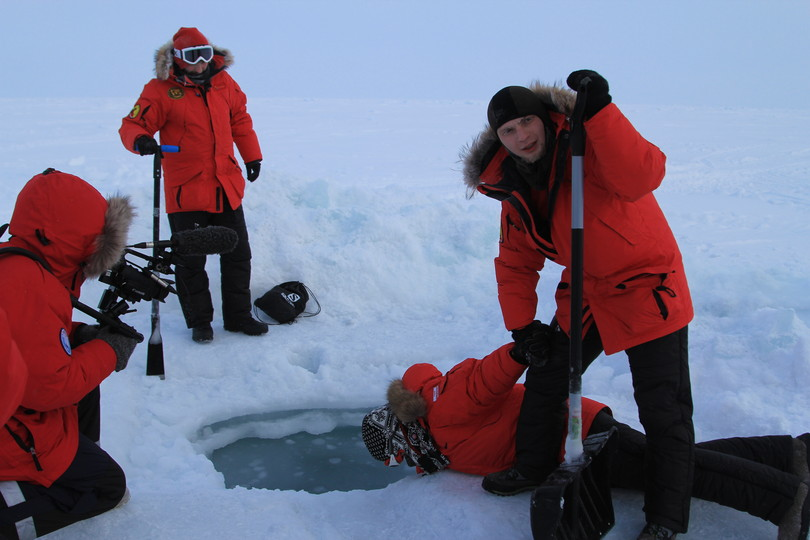 extreme tourism at Arctic Barneo camp