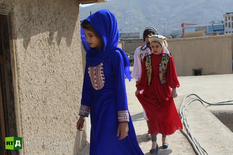 Afghanistan's stage music and fashion