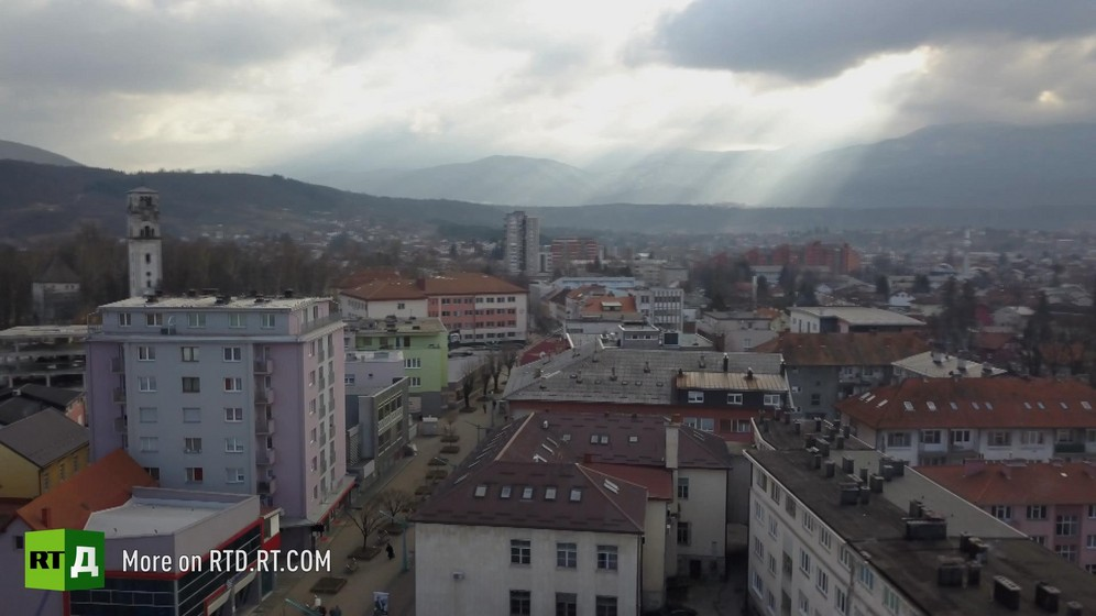 Game over the Border . Will migrants from Bosnia's refugee camps reach the EU?