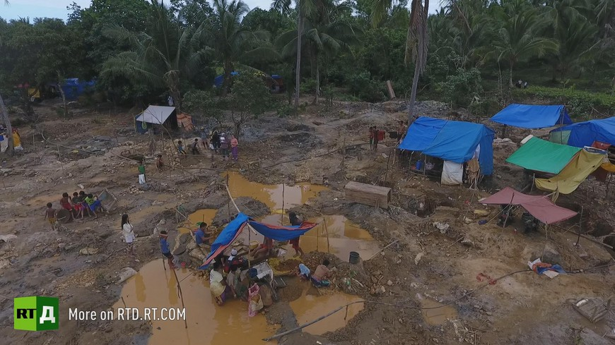 Paracale gold mining in the Philippines