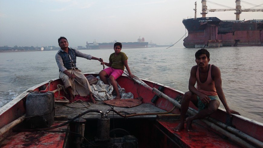 Shipbreaking in Chittagong, Bangladesh