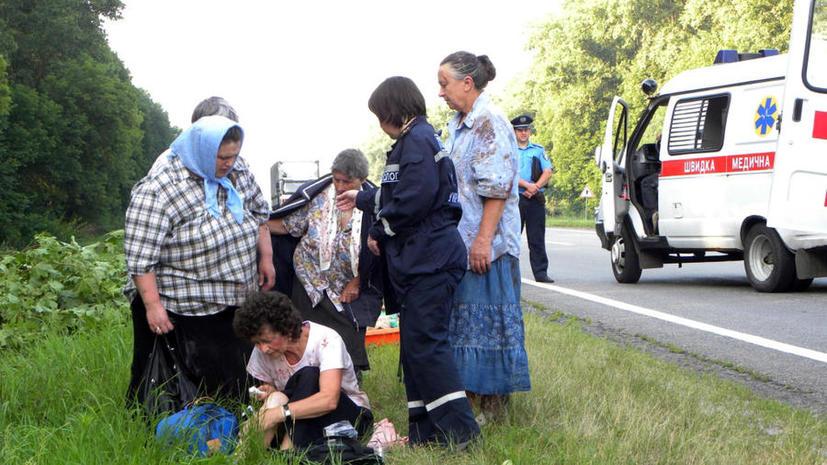 Туристический и рейсовый автобусы столкнулись на Украине: погибли восемь человек
