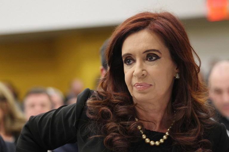 Аргентина пригрозила британским компаниям тюрьмой за добычу углеводородов на спорных территориях