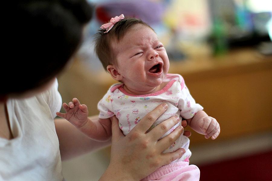 Ученые: Каждая четвертая из новорожденных британок доживет до 100 лет