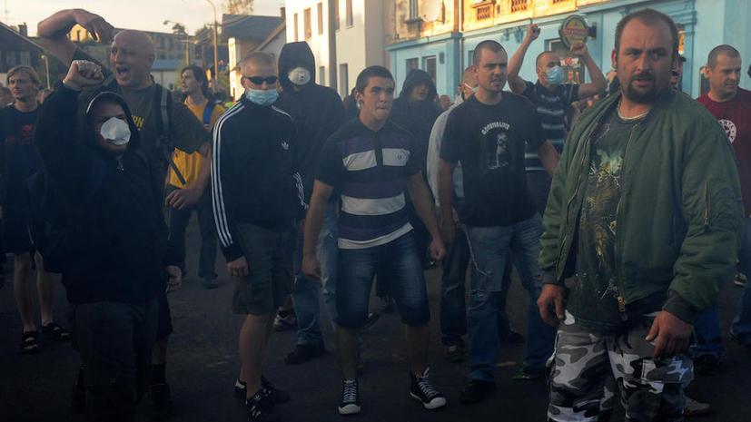 Чехи вышли на массовые демонстрации против цыган
