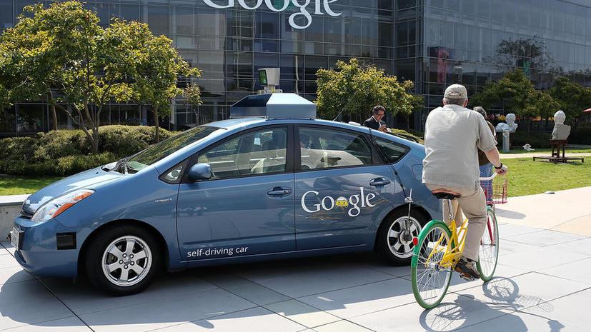 «Гугломобили» обучили правилам дорожного движения