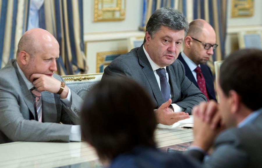 Пётр Порошенко: Украина ежедневно тратит $6,3 млн на силовую операцию в Донбассе