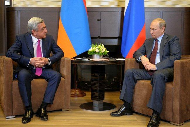 Владимир Путин обсудил с президентами Армении и Азербайджана конфликт в Нагорном Карабахе