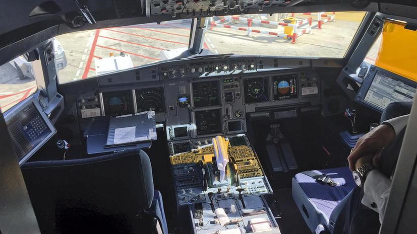 СМИ: Незадолго до крушения A320 Андреас Любиц обращался к врачам из-за проблем со зрением