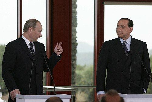 СМИ: Сильвио Берлускони может помирить Россию и НАТО