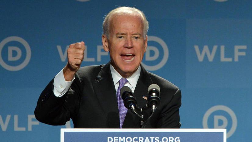 СМИ: Ляпы Джо Байдена дорого обходятся Белому дому