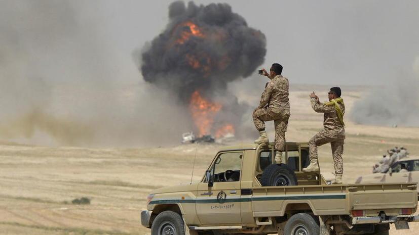Тысячи мирных жителей оказались в западне из-за наступления армии Ирака на позиции ИГ