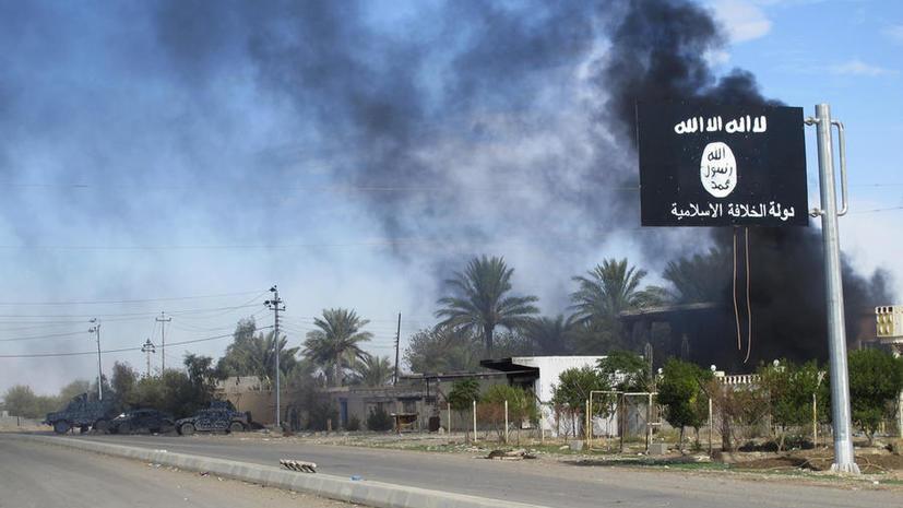 Боевики ИГ взорвали центральную библиотеку в иракском городе Мосул и сожгли тысячи книг
