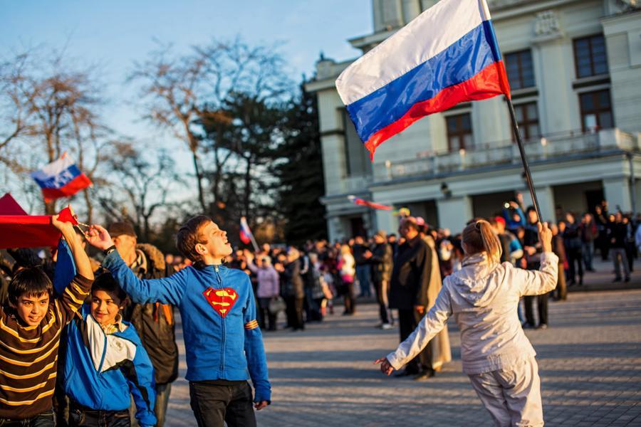 Из-за действий Минюста Украины в Крыму нельзя зарегистрировать брак или купить квартиру