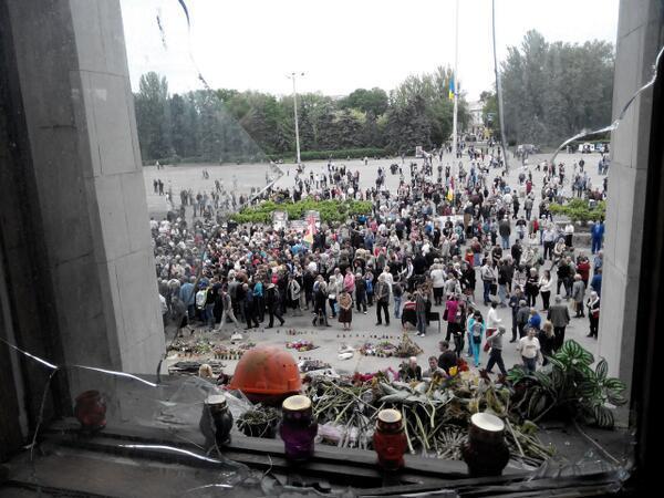 В Одессе сотни горожан вышли на митинг в память о погибших в Доме профсоюзов