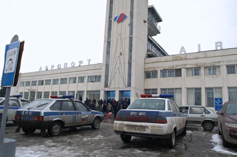 Boeing с туристами с четвёртой попытки аварийно приземлился в Сургуте