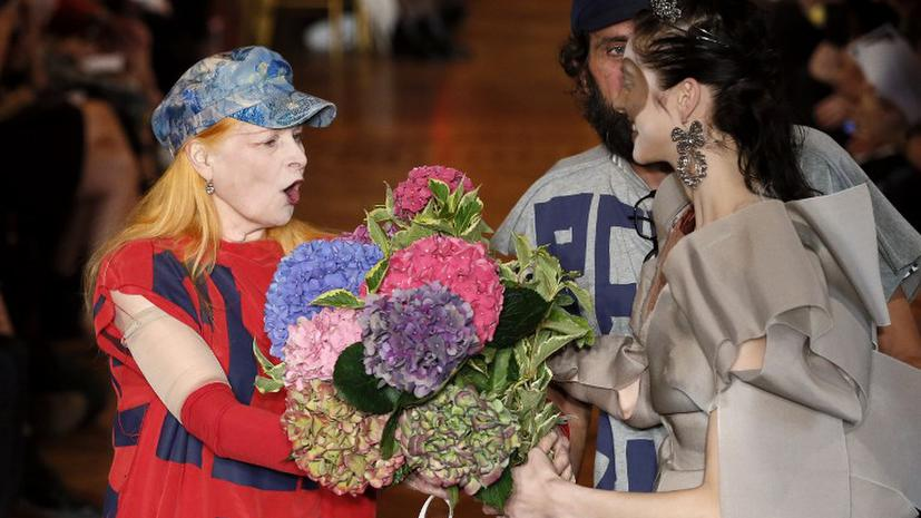Вивьен Вествуд вслед за Леди Гага навестила Ассанжа в посольстве Эквадора