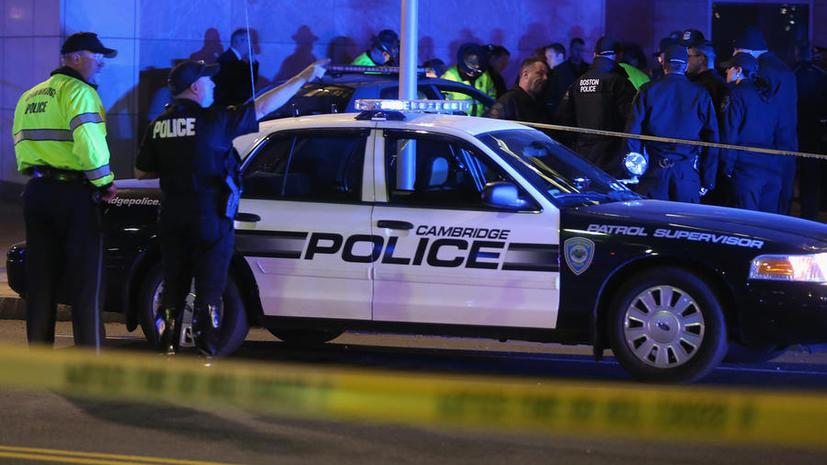 Очевидцы сообщают о новых взрывах и стрельбе в Бостоне