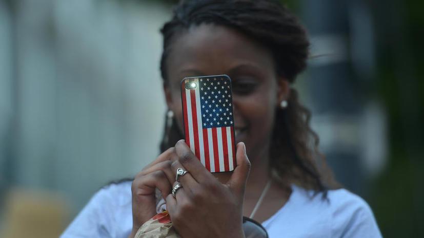 Спецагенты США следили за людьми не только на работе, но и дома
