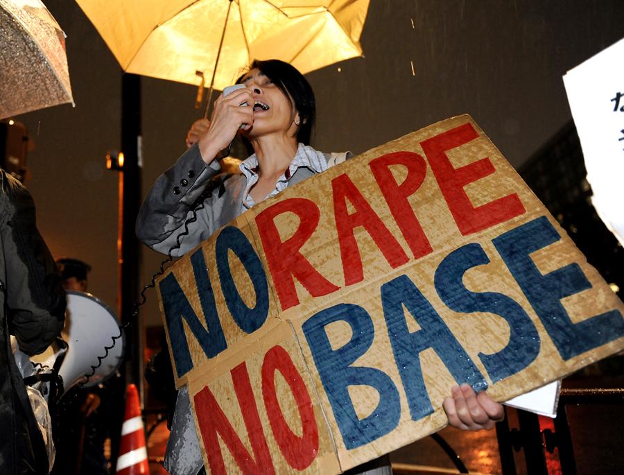 Американский капрал попал в японскую тюрьму за нарушение комендантского часа