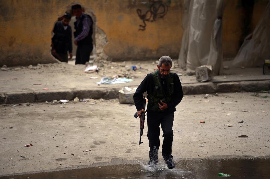 Сирийские боевики расстреляли подростка за отказ поверить в Бога