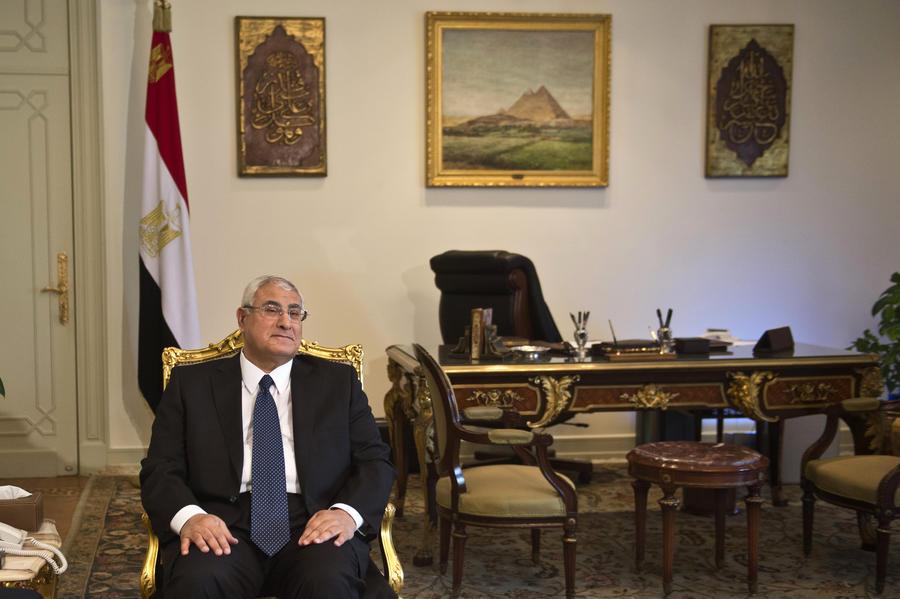 Новое правительство Египта принесло присягу перед временным президентом