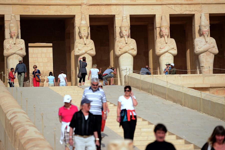 Египет пока не планирует запрещать алкоголь на своих курортах