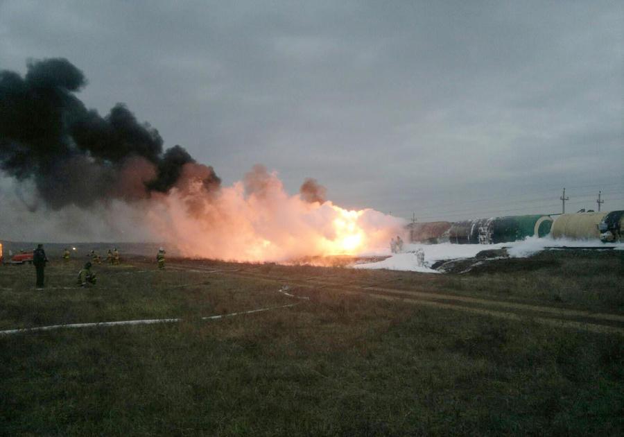 В Ростовской области взорвались цистерны с пропаном, есть пострадавшие