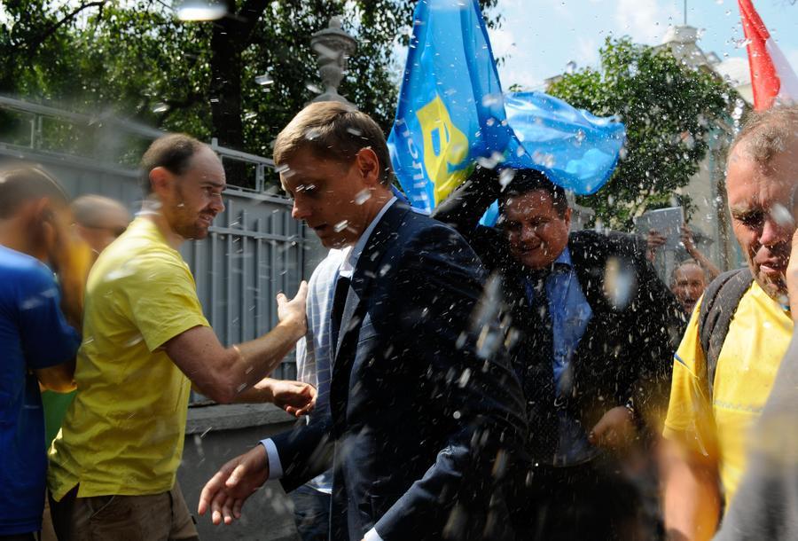 Украинские чиновники быстро нашли «лазейки» в законе о люстрации