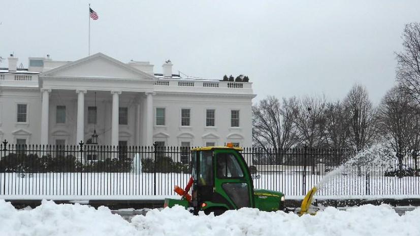 Белый Дом потребовал от Януковича уважать «мирный протест»