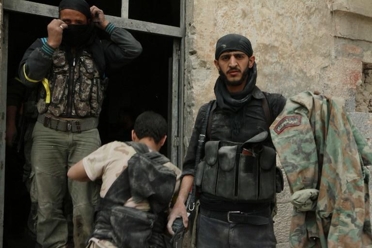 NYT: Почти 100 граждан США участвуют в гражданской войне в Сирии