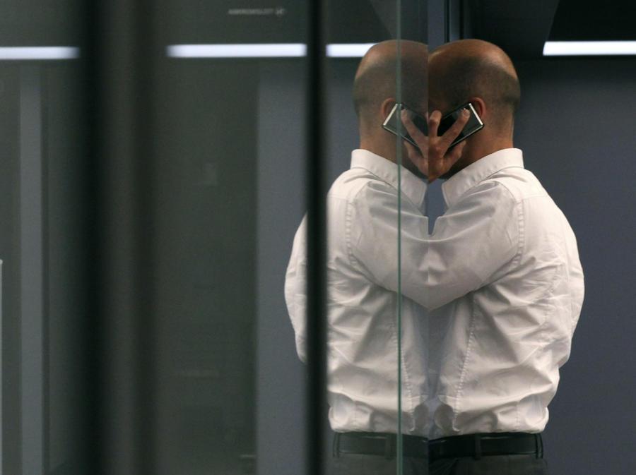 СМИ: Коллекторам могут запретить слишком часто звонить клиентам
