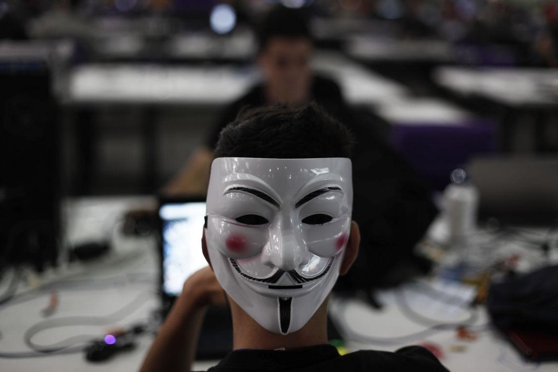 Хакеры опубликовали секретные данные 4 тыс руководителей американских банков