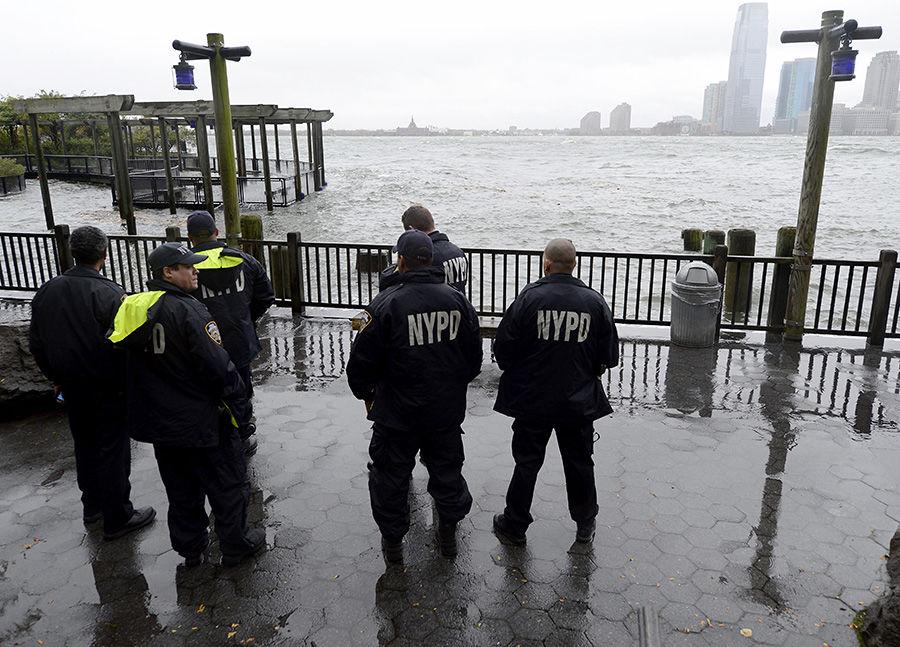 Полиции Нью-Йорка разрешат обыскивать кого угодно