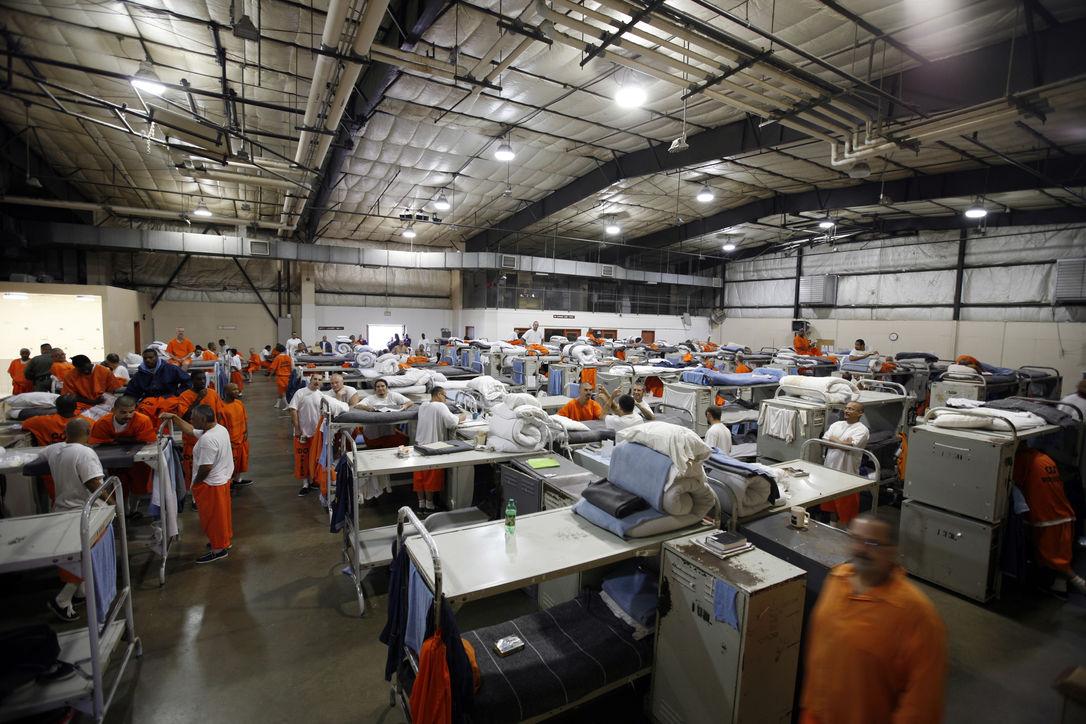 Американские охранники забыли адвоката в тюрьме