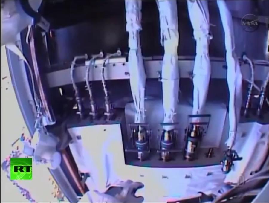 NASA отложило починку систем охлаждения МКС в открытом космосе