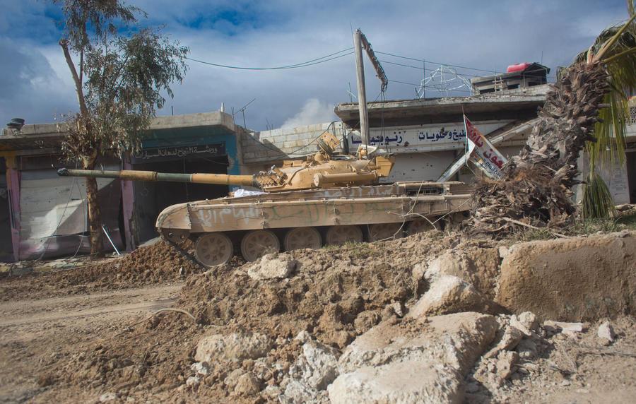 Оператор телеканала RT ранен в Сирии