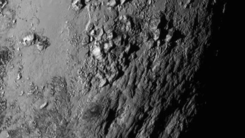 Учёные представили видеозапись поверхности Плутона