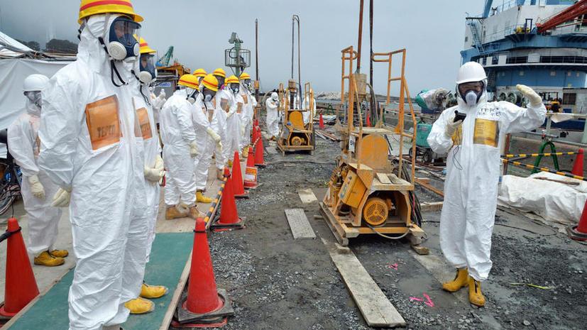 Сотни тонн сильнорадиоактивной воды вытекли из наземного резервуара АЭС «Фукусима»
